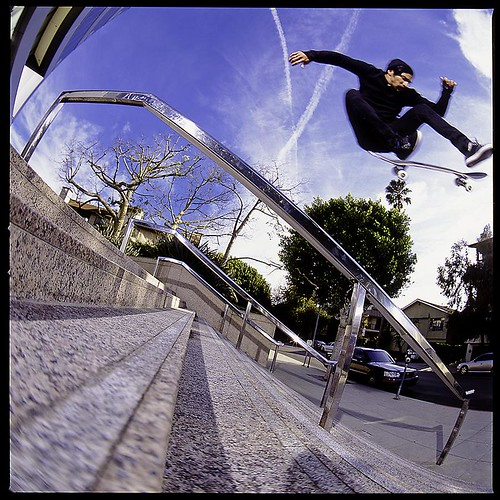 Eric Ontiveros Heelflip Over LA Railsmall