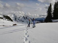 050523 - Sunshine Village Closing Weekend (Taylor and Kevin) Tags: snowshoe banff sunshinevillage rockislelake favit5532