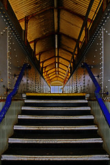 Dawlish station. (Susan SRS) Tags: uk england yellow metal stairs canon footbridge railway devon gb dawlish flickraward img9058 canoneos7d