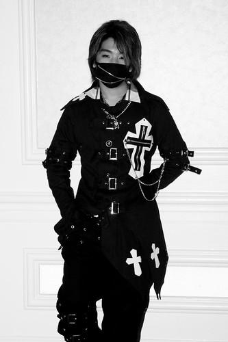 Cosplay Goth Guy