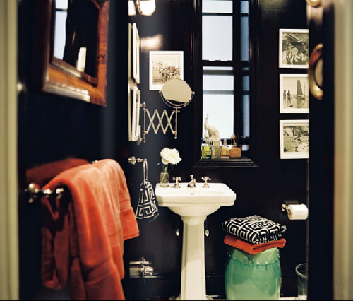 Lonny-Mag-Fierstein-Heckman-bathroom