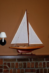 model ship on fireplace mantel-summer decorating (kizilod2) Tags: summer sailboat boat model fireplace ship decorating sail mantle mantel