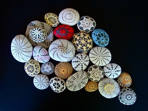 crochet-stones-by-knitalatte