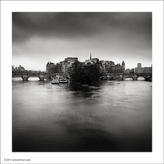 le de la Cit, Paris (Ian Bramham) Tags: blackandwhite bw paris photography photo nikon long exposure fineart filter nd cartierbresson pontneuf michaelkenna ledelacit d700 bwfineartphotography ianbramham 1635vr