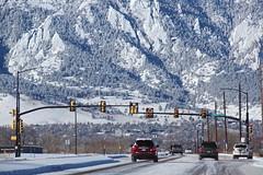 that was a week ago (Cybergabi) Tags: road winter snow trafficlights cars colorado boulder rockymountains poles 5f framefiller gettyartistpicks1108