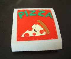 felt toys-pizza box