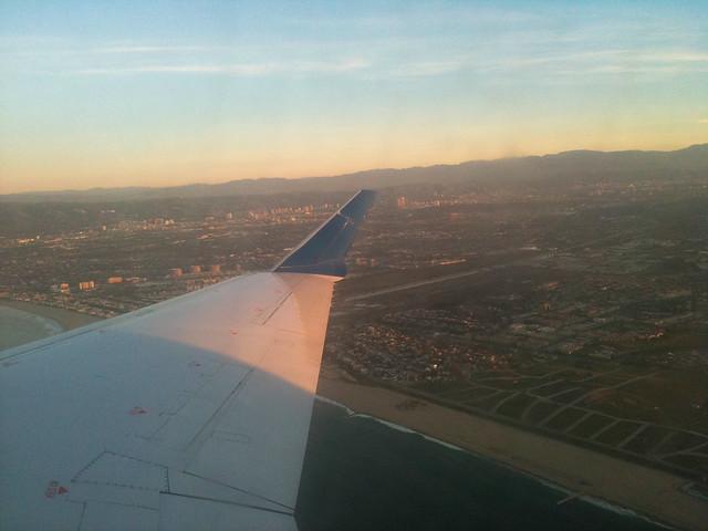 United Airlines over LA by Caroline on Crack