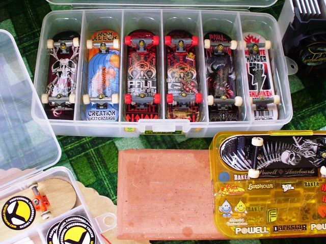 post your fingerboard case/box - Page 7 5382971647_abe364cfb9_z