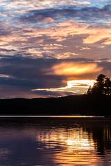 IMG_1524-1 (Andre56154) Tags: schweden sweden sverige wolke cloud himmel sky wasser water see lake ufer sonnenuntergang sunset abend evening dmmerung afterglow spiegelung reflection