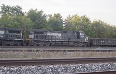 IMG_0162 A (mhellekjaer) Tags: 440 ohio berea norfolksouthern ns locomotive gec409w c409w