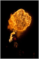 Watch out ! (Guillaume VX) Tags: color fire couleur feu bcc fireeater lightroom cracheurdefeu burncrewconcept baladesparisiennes