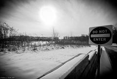DO NOT ENTER (FedeSK8) Tags: winter white snow black cold sign inverno freddo segnale stradale divieto nikond80 fedesk8