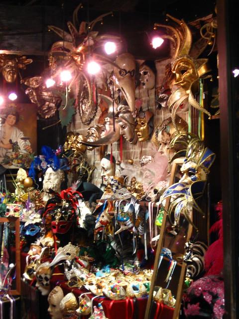 ヴェネツィアの仮面のフリー写真素材