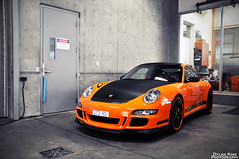 Porsche 997 GT3 RS (Dylan King Photography) Tags: show street blue light red orange 6 white canada black sport yellow vancouver silver spider nikon bc flat granville britishcolumbia room tail rear wheels 911 wing broadway ferrari headlights spot front spyder m porsche bmw mk2 parked inline carbon fiber rims lamborghini rs coupe z3 decals v8 dealership v10 gallardo gtb v12 gt3 997 355 techart renn 599 d90 mcl 9972 lp5604 ferrarimaseratiofvanacouver porschecentrevancouver