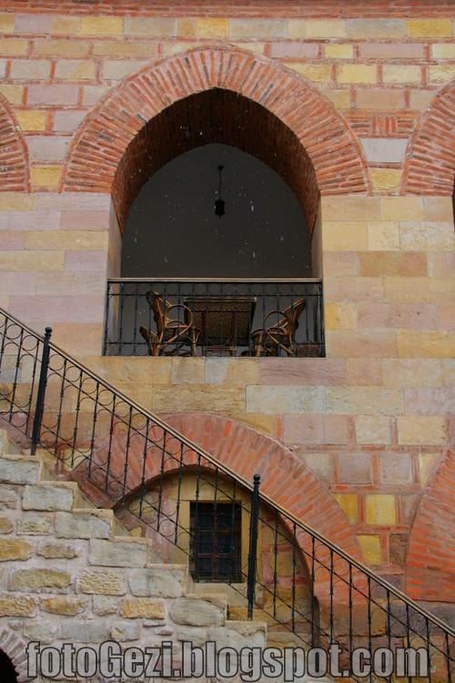 Kastamonu Kurşunlu Han Caravanserai stairs