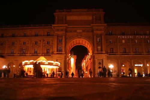 Piazza da Repubblica no centro de Florença Itália