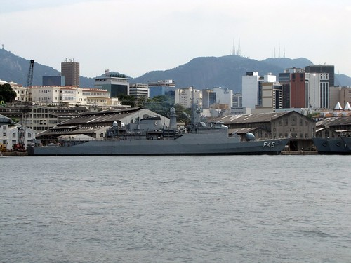 Brasil envia quinta-feira navio com 300 militares para missão de paz no Líbano