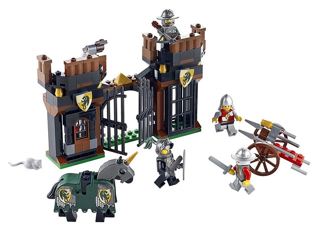LEGO Kingdoms 7187 – Escape From Dragon's Prison