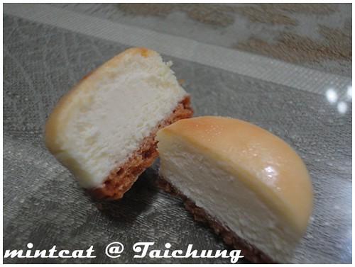 """牛軋糖人氣店家米提爾的另一美味""""乳酪球"""" @ 台中"""