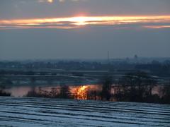das war der Tag (Hans-Jürgen Böckmann) Tags: schnee winter sunset sun germany deutschland sonnenuntergang eis sonne schleswigholstein 2011 ostholstein gronenberg