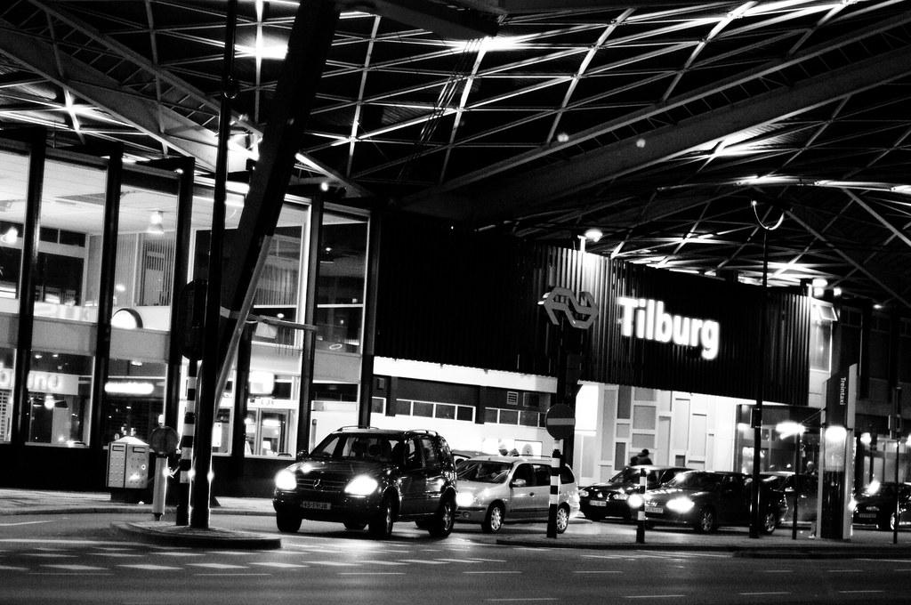 Station Tilburg in b/w