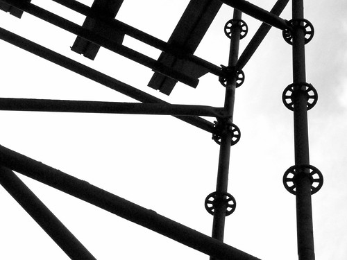 Abstract Geometric Shapes from a Scaffold