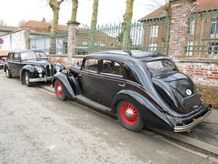 HOTCHKISS Anjou (1950) et 864 Cabourg (1939) (xavnco2) Tags: black france cars sedan french automobile antique autos common saloon classiccars berline picardie noire cabourg somme hotchkiss 1350 anjou 864 marcelcave gavap