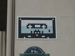 Space Invader PA_900 : Paris 9eme (tofz4u) Tags: streetart paris tile mosaic spaceinvader spaceinvaders tape invader cassette mosaque artderue k7 75009 explored pa900