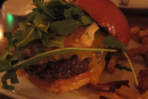 Rustic Canyon Wine Bar: Burger