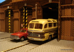 Coming out (of the depot) (Amsterdam RAIL) Tags: bus mercedes volvo coach wiking garage mercedesbenz depot ho 187 maquette remise autocar touringcar hoscale h0 modelbus 0321 brekina