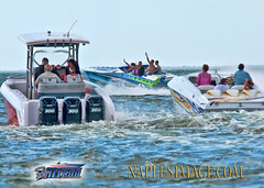 BYE-BYE! (jay2boat) Tags: boat offshore powerboat boatracing ftmyersoffshore naplesimage