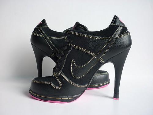 Womens-Nike-Dunk-SB-Heels-Low-Black-Pink