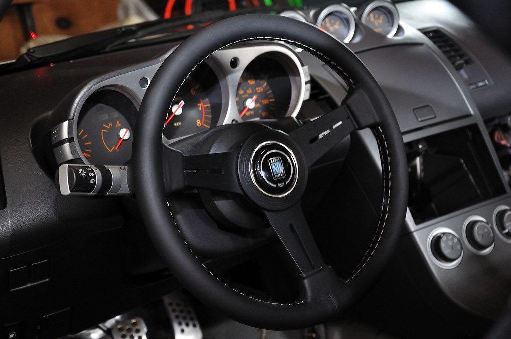 recommendation aftermarket steering wheel and hub my350z com nissan 350z and 370z forum discussion nissan 350z and 370z forum