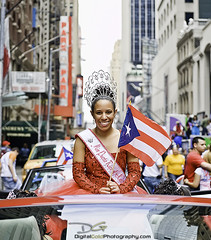 Miss Puerto Rico New York (DiGitALGoLD) Tags: new york puerto nikon parade rico f28 d3 2470mm puertoricandayparade misspuertorico digit