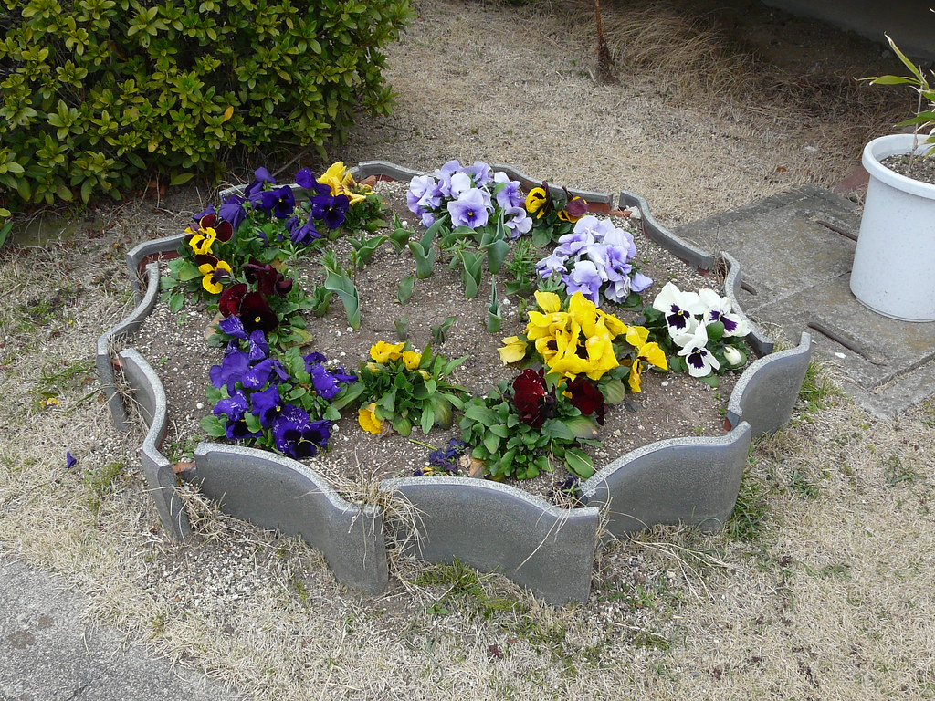 Roof Tile Planter