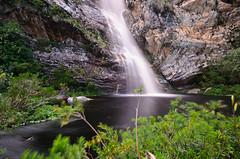 Essa tava perdida aqui... (Leonardo Zanforlin) Tags: brazil nature landscape waterfall nikon minas gerais cachoeira 1224 d90