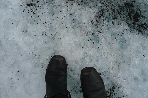 my feet and mýrdalsjökull