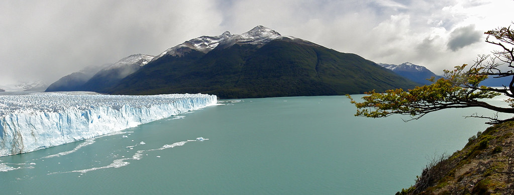 Glacier Perito Moreno from Viewing Decks