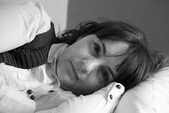 Pili Tumbada (WWW.MONTELIUS.INFO) Tags: woman de la mujer thoughtful niklas spanish pili frontera fotógrafo jerez ligger fotografo española tjej muchacha tumbada pensativa melancolica andaluza kvinna montelius spanjorska melankolisk tänksam andalusiska wwwmonteliusinfo