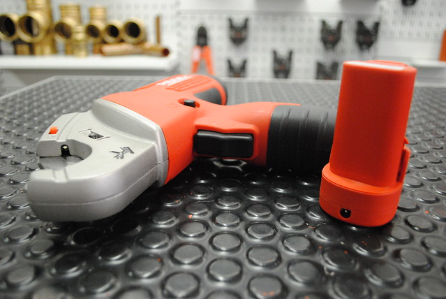 Ridgid TC-40 Multilayer Pipe Cutter
