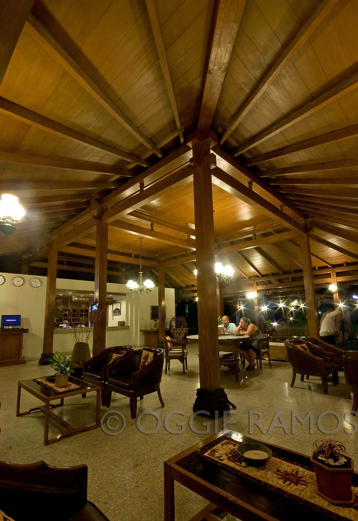 Indonesia - Borobudur Manohara Hotel Lounge