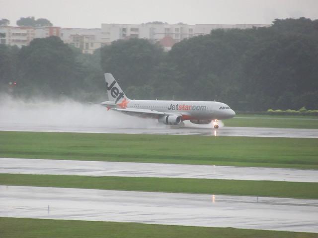 Jetstar Landing Changi Sg (2)