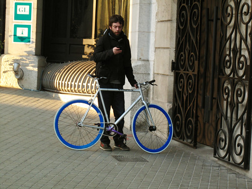 dude on fixie