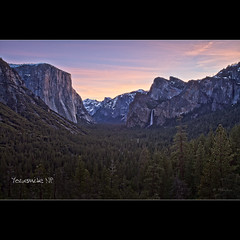 Tunel View at Sunrise - Yosemite NP - CA (Dominique Palombieri) Tags: california pink usa sunrise lens landscape nationalpark flickr iso yosemite dominique np hdr 2011 fav10 palombieri oloneo