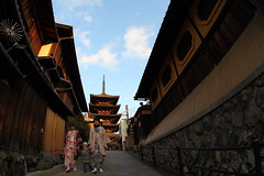 Once upon a time in Kyoto (Teruhide Tomori) Tags: travel sky japan children pagoda twilight kyoto afternoon    kimono gion  yasaka  explored