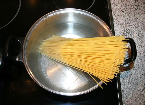 10 - Nudeln kochen