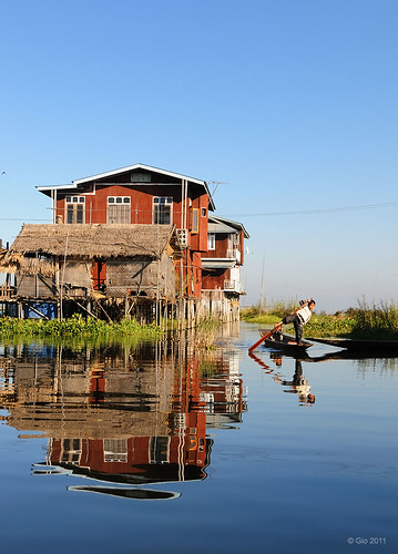 Morning at the Inle lake - Myanmar