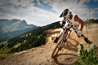 Champion downhiller Wyn Masters on the trails over Morzine. Photo: Damian McArthur Photography