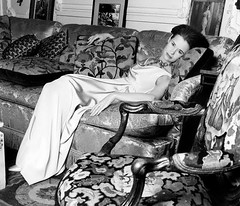 Gloria Vanderbilt (Famous Fashionistas (First)) Tags: vogue 1960s vintagefashion gloriavanderbilt frenchvogue mainbocher 1960sfashion