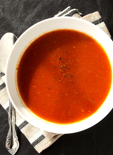 Sunny Anderson's Roasted Tomato Soup